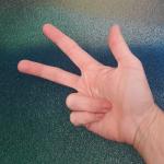Binär zählen mit Fingern: Sieben